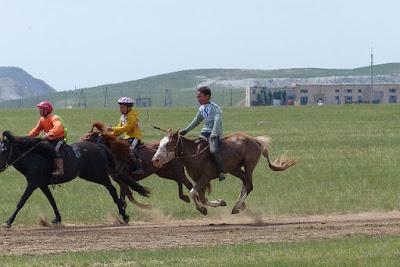 Mongolie Khentii nadaam course de chevaux