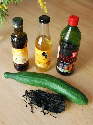 ingrédients salade concombre-wakamé