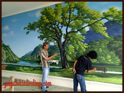 Pembuatan mural lukis dinding tema pemandangan alam