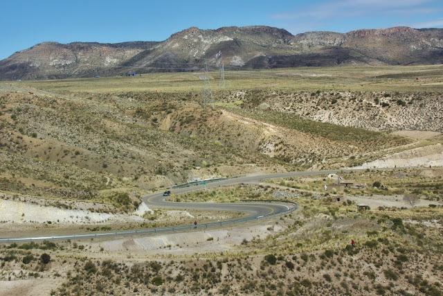 Estrada entre Potosí e Uyuni