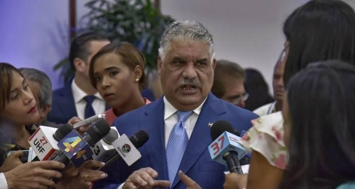Canciller Miguel Vargas dice que dominicanos en Haití no corren peligro