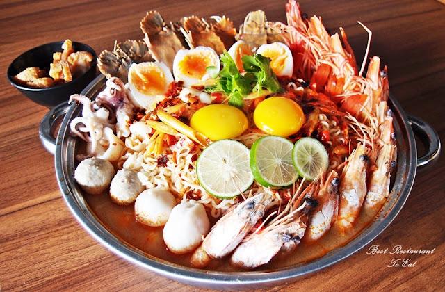 Pim's Thai Seafood Restaurant Bukit Tinggi Seafood Tom Yum Pot