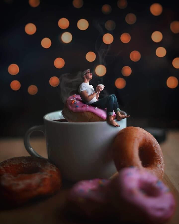 02-Food-Art-Donuts-Digital-Art-Joel-Robison-www-designstack-co