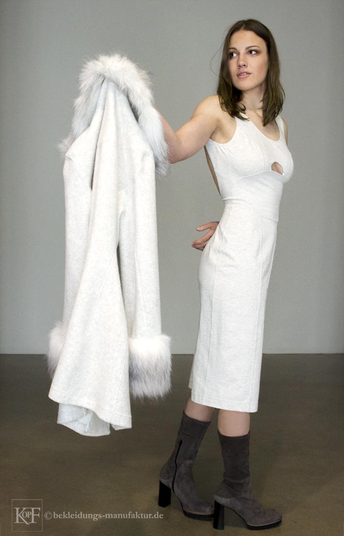 Fake Fur Redingote © Photo&Modell  KOPF-Bekleidungs-Manufaktur.de