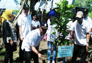 Tanam Seribu Pohon Tandai Peringatan Hari Air Sedunia