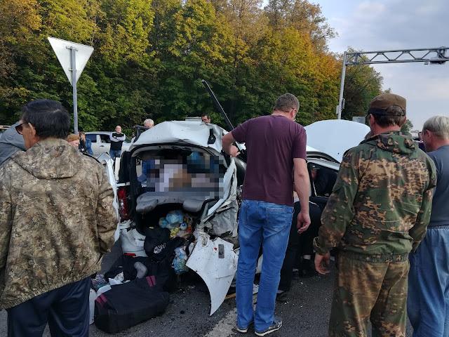 Под Уфой всмертельной аварии вЛаргусе погибли три человека: Видео момента ДТП