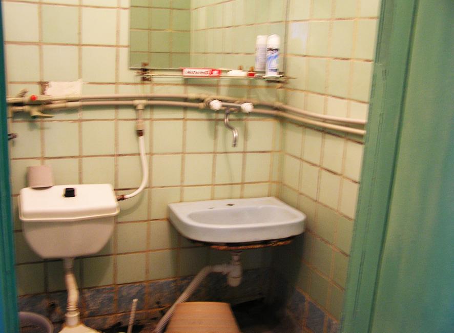 Дырка в туалете одесса — pic 11