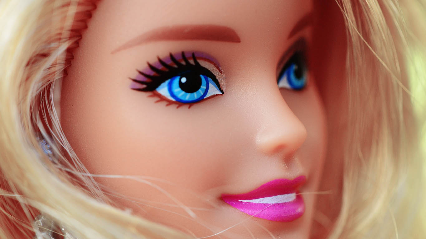 latest barbie pictures for wallpaper