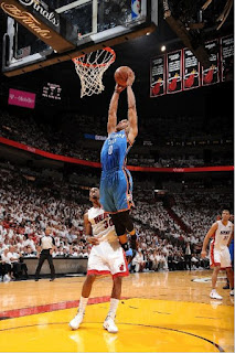 Russel Westbrook(OKC) dunk with power, El Cubano