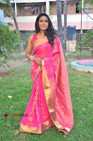 Actress Risha Pos in Pink Silk Saree at Saravanan Irukka Bayamaen Tamil Movie Press Meet  0011.jpg