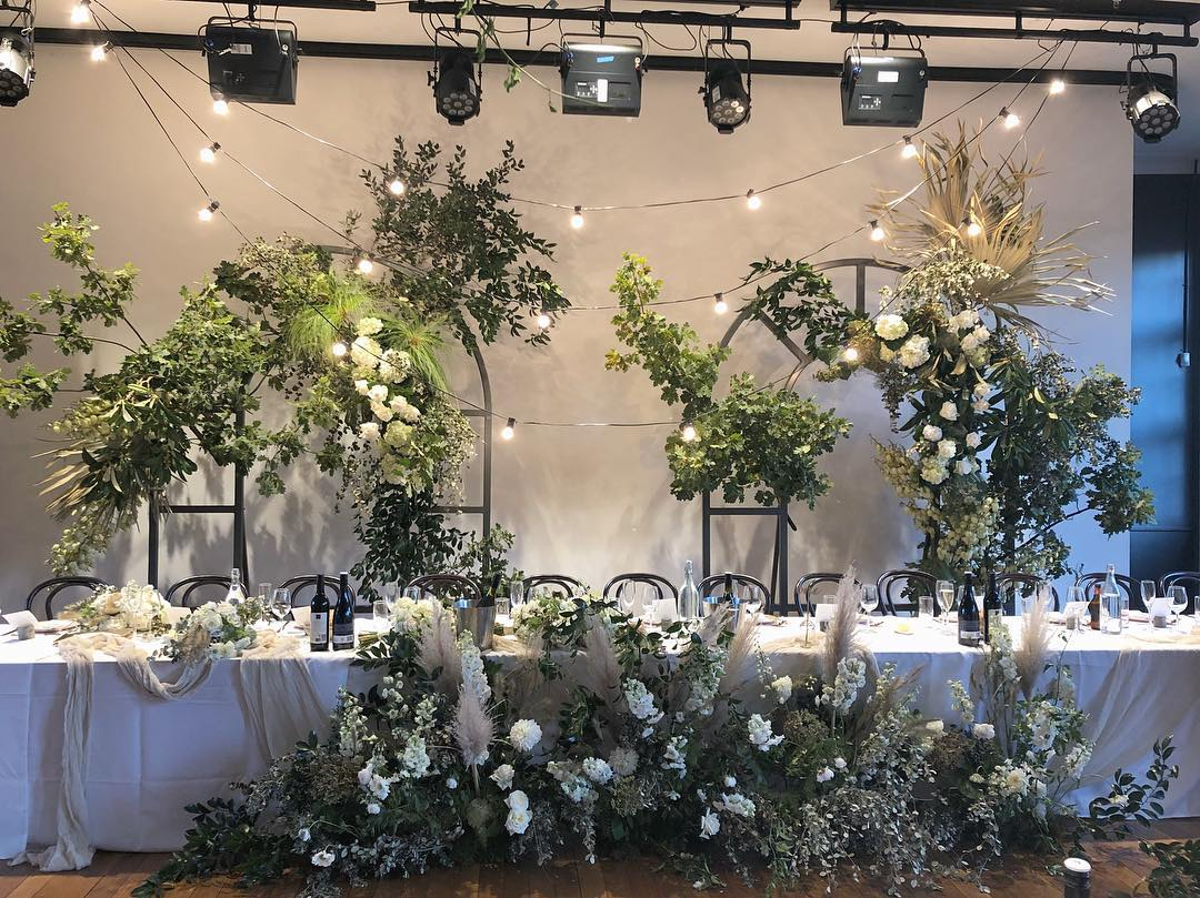 TO THE AISLE AUSTRALIA CANBERRA WEDDING FLORIST