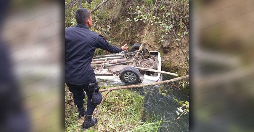 Despiste de camioneta deja un docente fallecido y una desaparecida en la provincia de Sihuas - Áncash