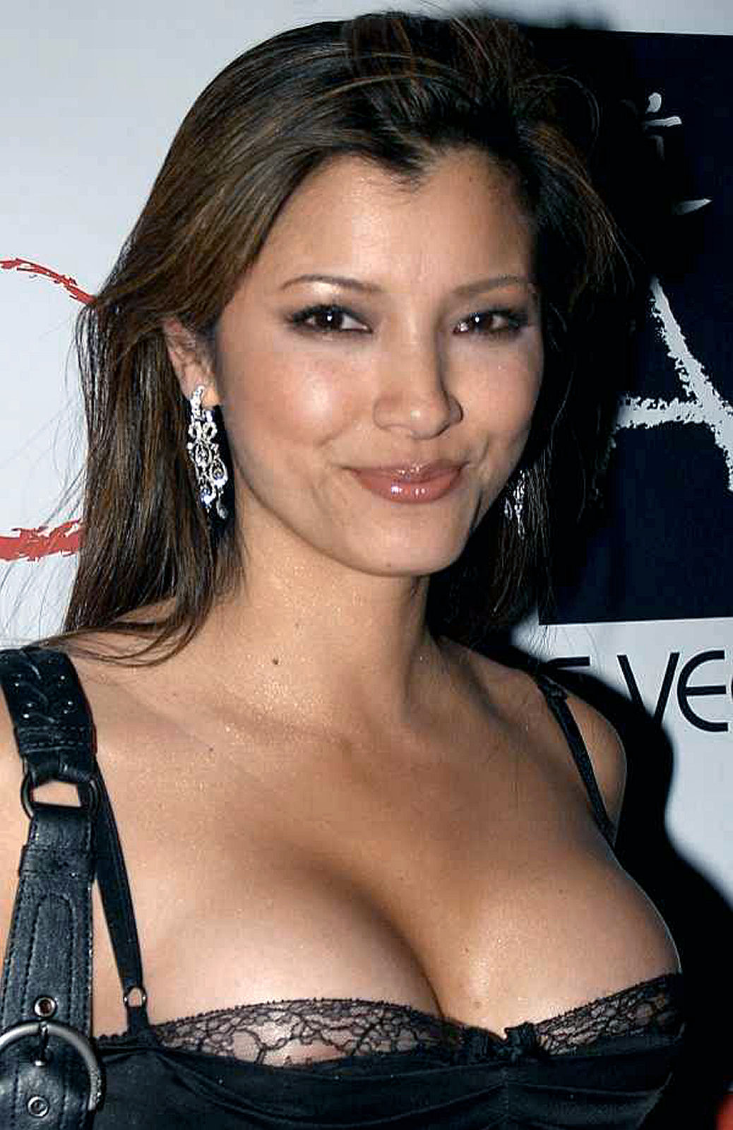 Kelly Hu nude and oops moments from The Scorpion King