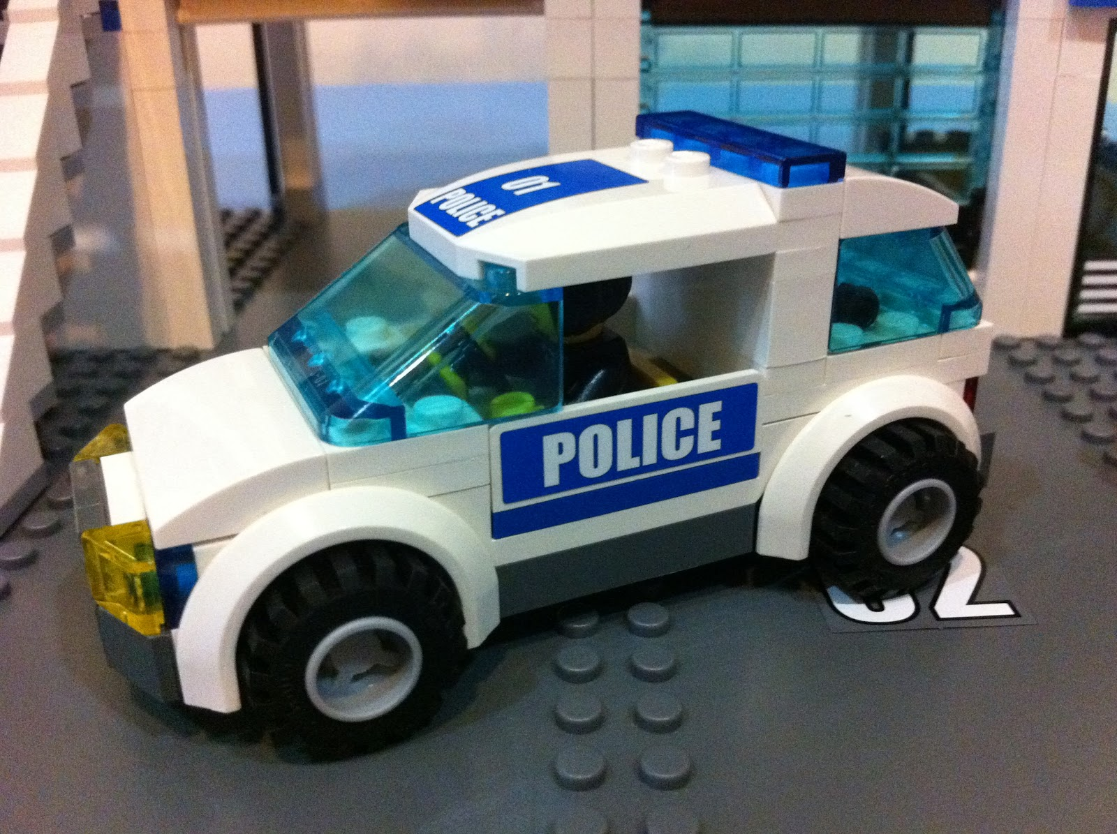 Away From Work: Lego City 7498 Police Station Part 2
