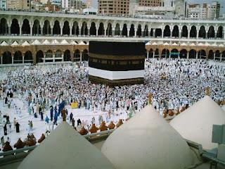 5 Keutamaan Istighfar di Al-Quran