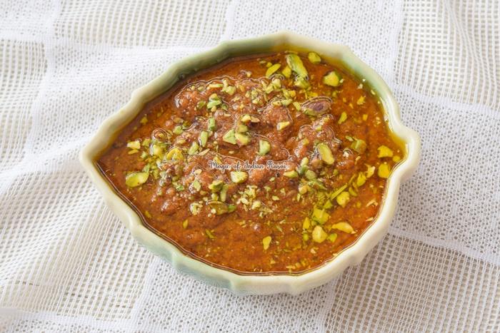 Loose Mohanthal - Besan Ka Halwa Recipe - ढीला मोहनथाल - बेसन का हलवा रेसिपी - Priya R - Magic of Indian Rasoi