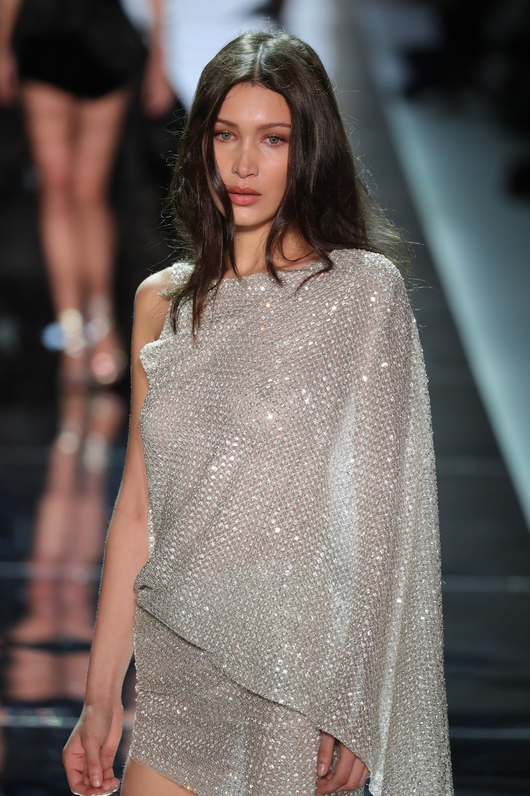 Spring Start The Celebrity Oops Digest Bella Hadid Christian Dior