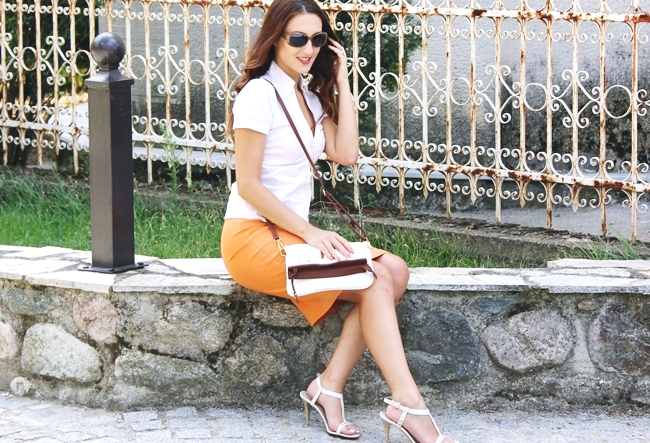 White summer looks.Beli letnji outfit.Claire's orange skirt.H&M white striped blouse.Light brown sunglasses.White sandals and purse.
