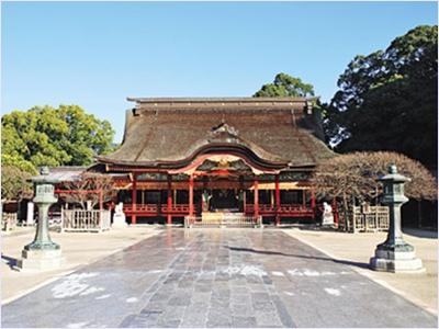 ศาลเจ้าดาไซฟุ (Dazaifu Tenmangu Shrine)