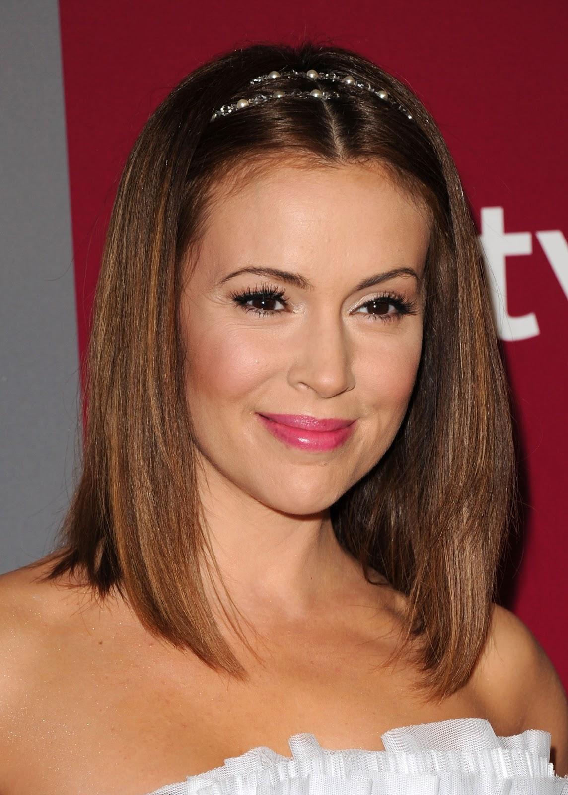 Sensational Celebrity Alyssa Milano Latest Hairstyle Pictures Prom Hairstyles Short Hairstyles Gunalazisus