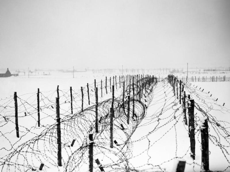 21 January 1940 worldwartwo.filminspector.com barbed wire Menin France