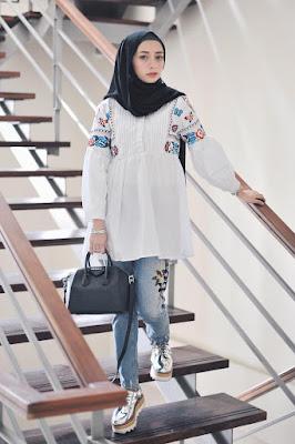 foto model hijab di pantai foto model hijab terbaru foto model hijab cantik