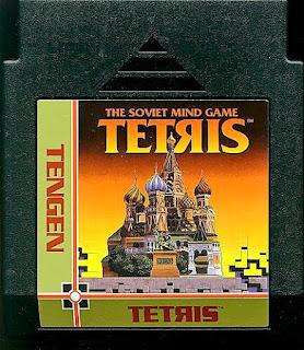 Imagen con el cartucho de la NES del Tetris de Atari Tengen