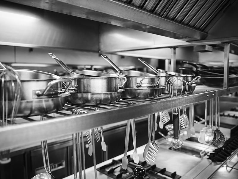 Utensilios para cocina industrial cmo disear una cocina for Utensilios de restaurante