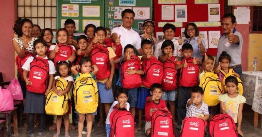 Entregan kits lúdicos a colegios de Picota dañados por inundaciones en la región San Martín