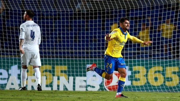 El Madrid pierde dos puntos más en Las Palmas y deja escapar casi toda su ventaja