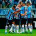 2 gols de Ramiro, bola na mão de Luan e o bom futebol do Grêmio