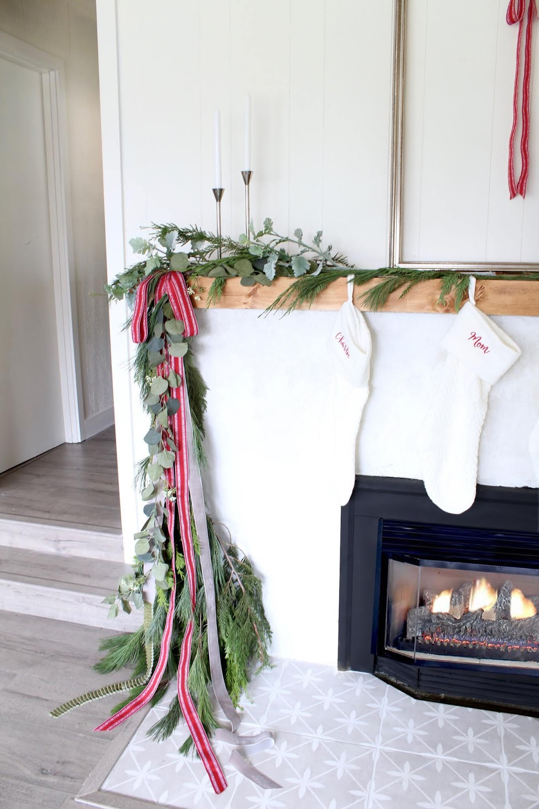 Modern holiday mantel ideas harlow thistle home - Modern christmas mantel ideas ...