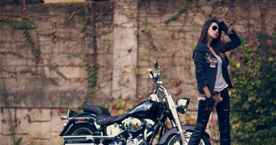 Galveston singles biker kiss
