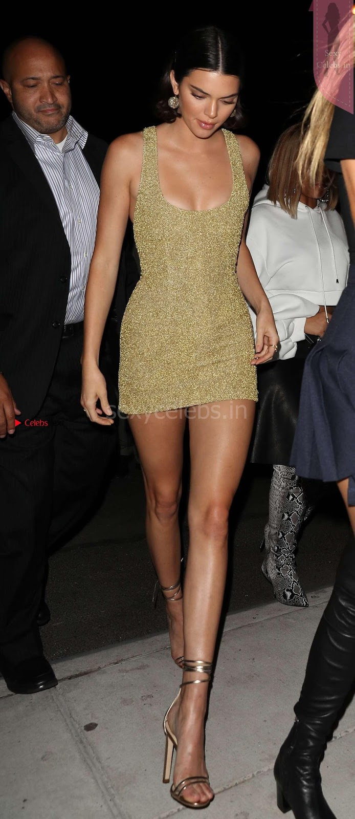 Kendall Jenner in sexy Short dress hot thighs WOW