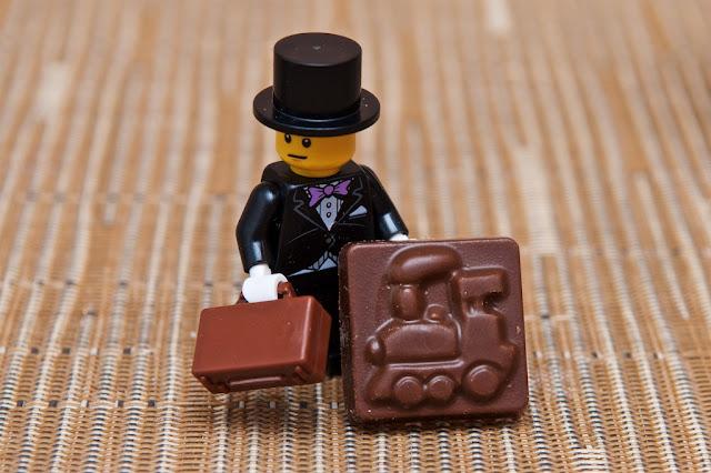 Lego - Advent Calendar - Calendrier de l'Avent - Lego - Mariage - Train - Chocolat au lait