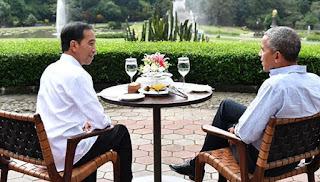 Intip Keakraban Jokowi dan Obama Makan Sate Sepiring Berdua
