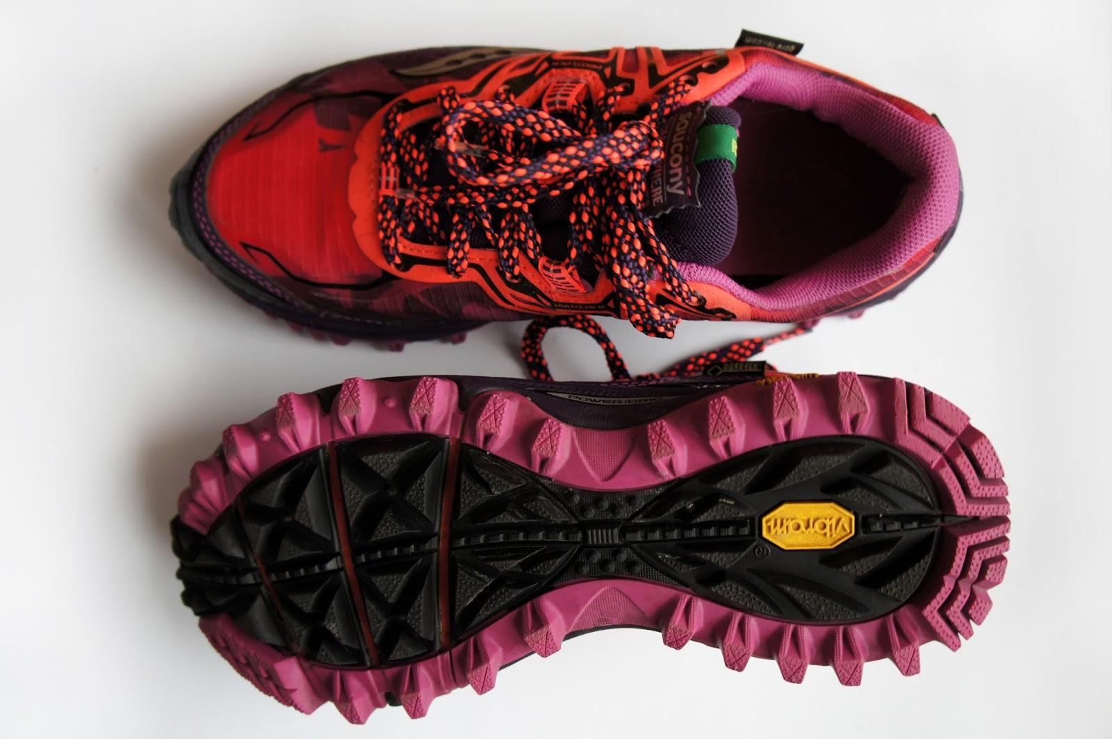 56ef7dd7 В заключение хочу сказать, что кроссовки для зимы лучше брать с мембранной  тканью - gore-tex. Она дает дополнительное тепло, не продувает и не  позволяет ...