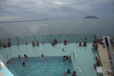 MSC Preziosa - piscina