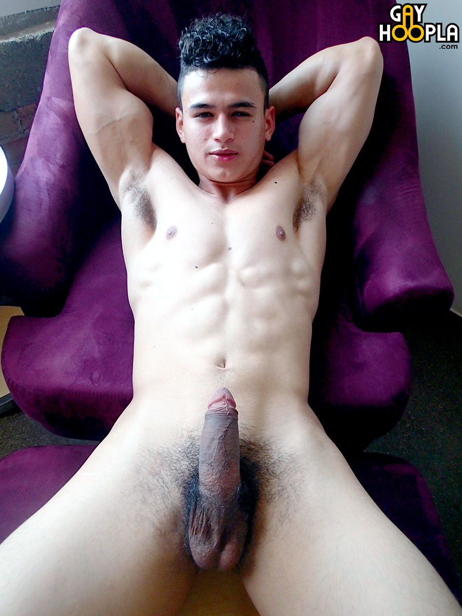 Jerry Naked 73