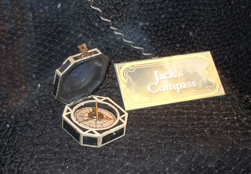 Pirates of the Caribbean Jack Sparrow compass
