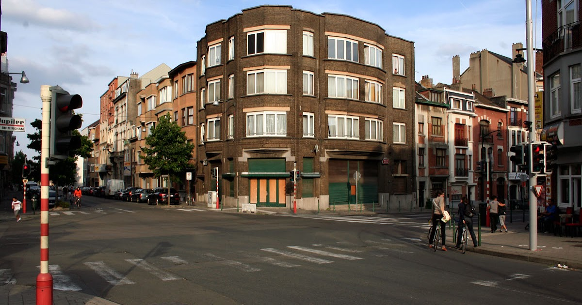 Language In 45 And 47 Stella Street: VISUAL BRUSSELS