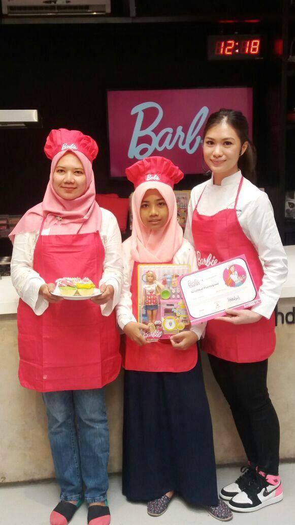 Masak Bersama Barbie Resep Es teler Cupcakes ala Chef Stella Lowis