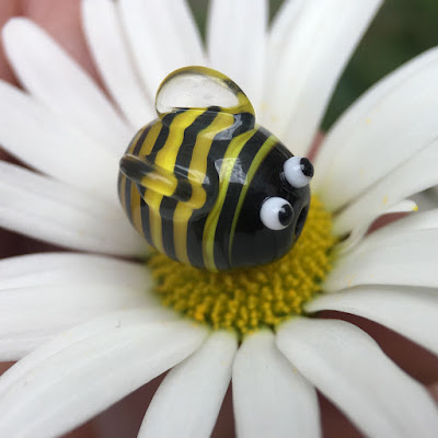 Handmade lampwork glass bee bead by Laura Sparling