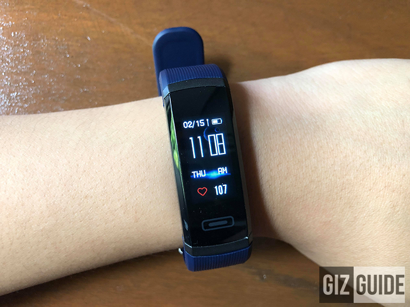 Home face of the smartwatch/fitness band