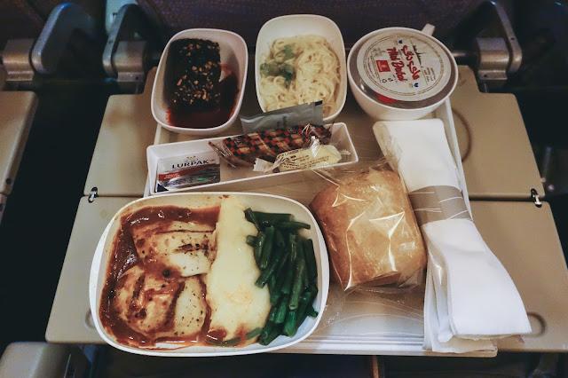 エミレーツ航空EK312 機内食2 その1