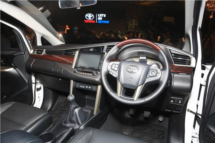 Innova New Venturer Grand Avanza Terbaru 2018 Toyota Ms Blog Inside The Will Have A 6 Black Leather Seat 4 2 Inch Colour Mid 8 Touchscreen Head Unit With Air Gesture Web Browser