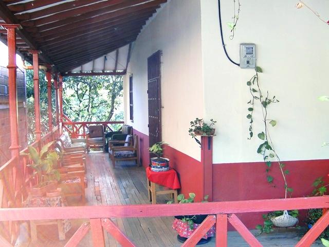 """Artículo sobre el barrio Robledo, Medellín - Colombia, en el marco del proyecto """"Robledo, pequeñas memorias"""" Vigías Del Patrimonio 2009"""