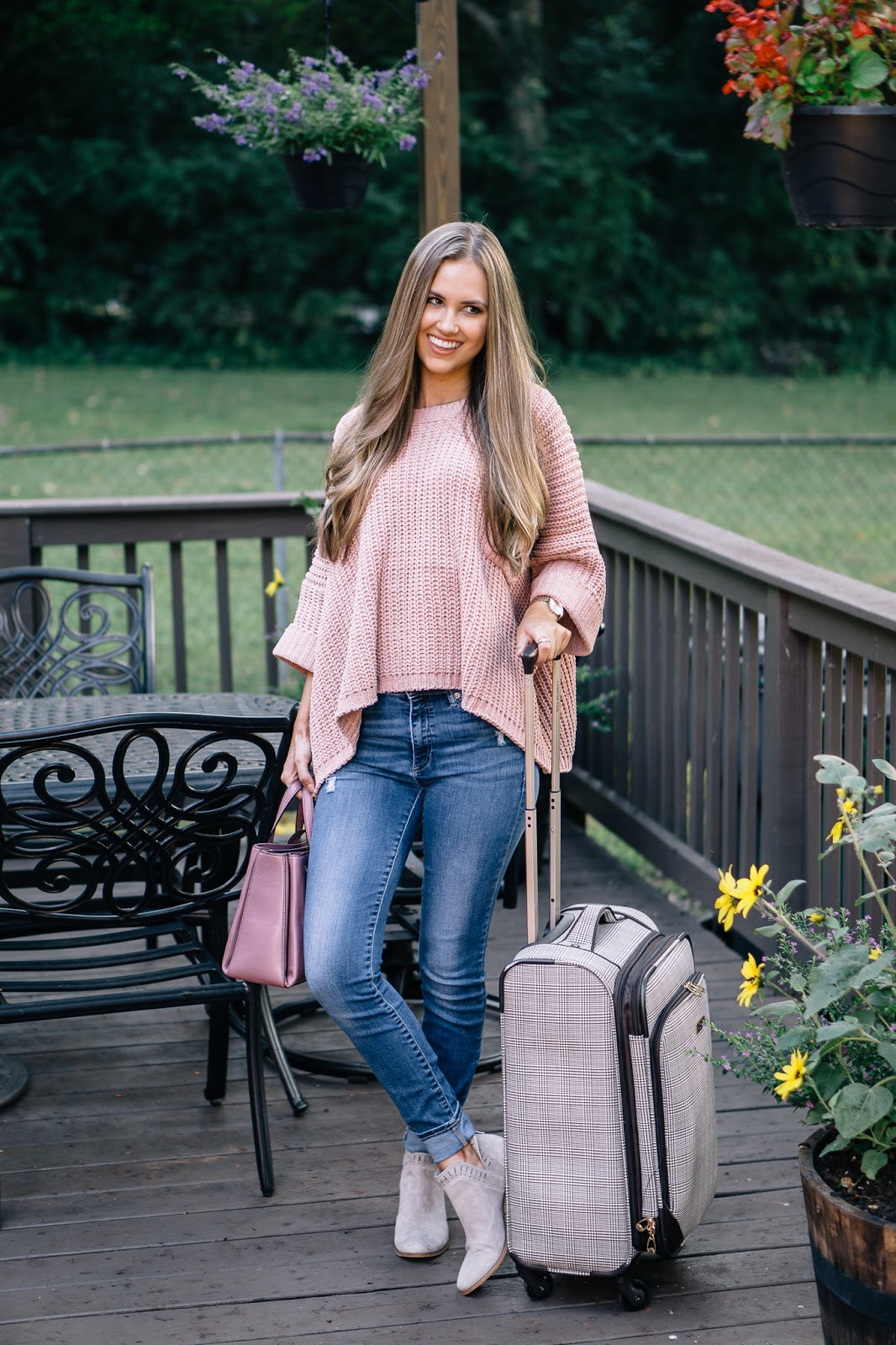 a-travel-outfit-for-fall