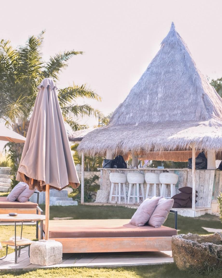 beach bar in balangan bali