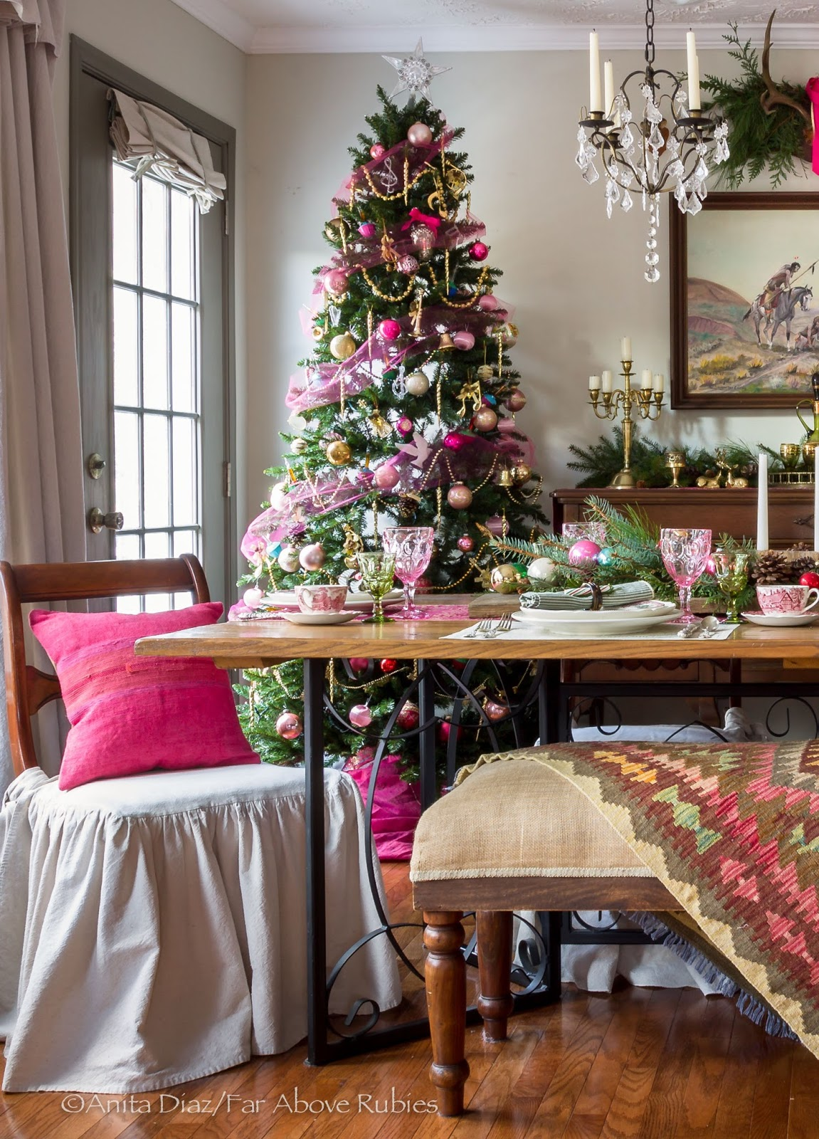 far above rubies christmas dining room and kitchen pics that didn i had this christmas tree but had not used it in a several years i decided to put it here in this spot and ended up loving it there